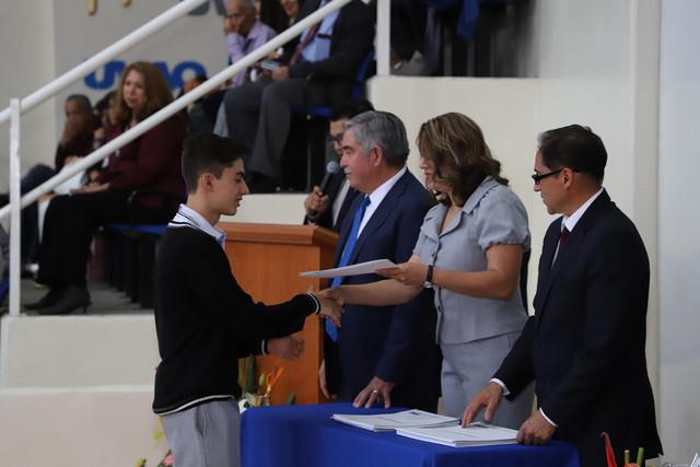 Graduacio-n-Prepa-Sto-Toma-s-76