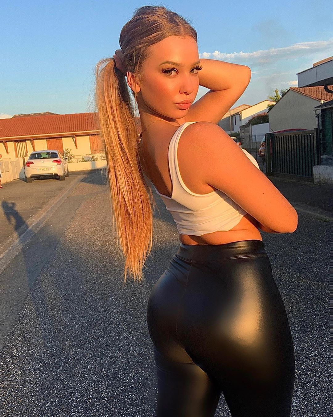 Violet Summers - Bio, Age, Height   Fitness Models