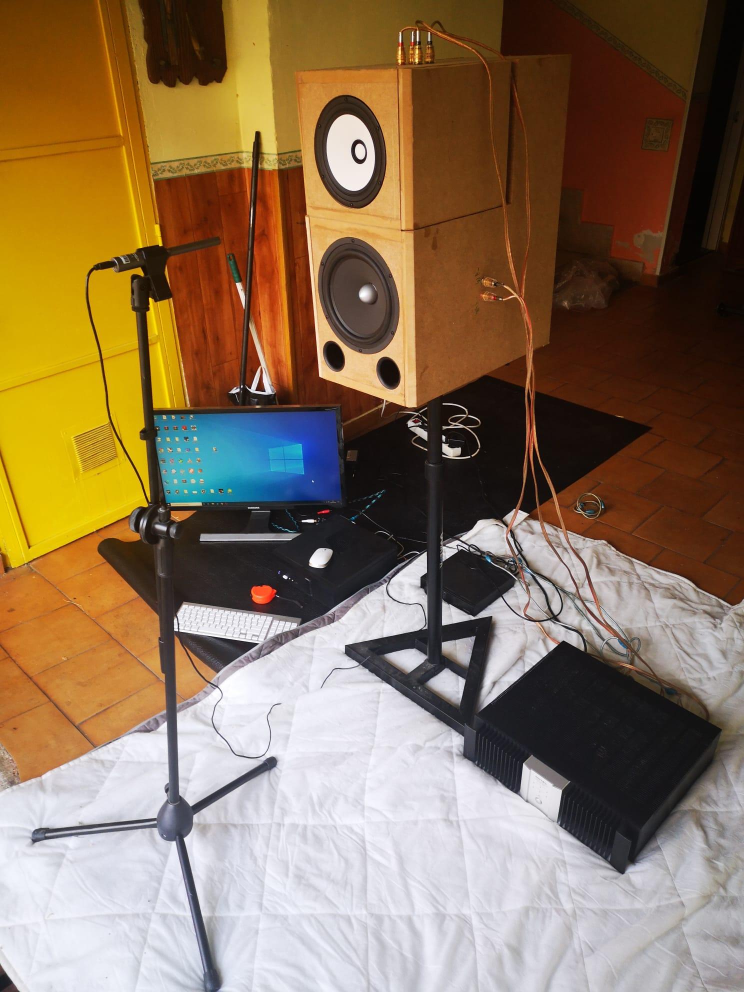 """Proyecto de monitores de """"escritorio"""" E66a6953-fa54-4585-a881-fa0bbc33859a"""