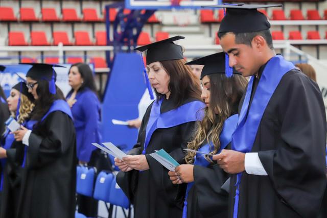 Graduacio-n-Gestio-n-Empresarial-13