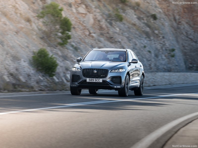 2015 - [Jaguar] F-Pace - Page 16 D971-E9-B4-3853-4-DCE-879-E-D372-E2-C274-D4