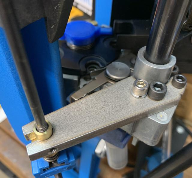 Photo Escape FailSafe Bracket for the Dillon 650 Review  18-AB2-ED8-E26-C-487-D-8-A21-D0-C0722-E67-FE