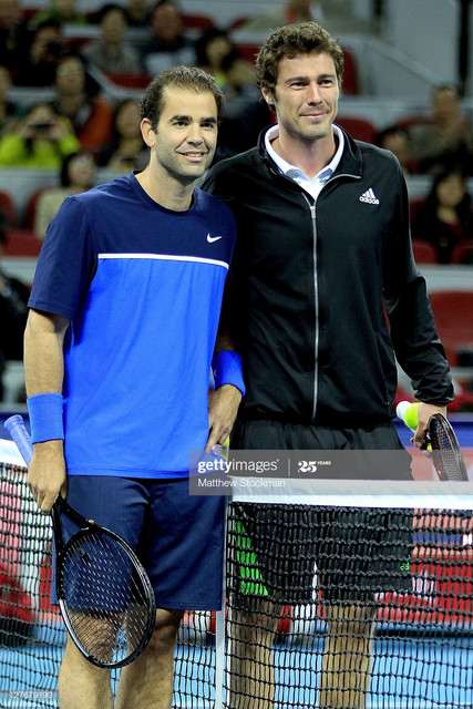 BEIJING-CHINA-SEPTEMBER-30-Pete-Sampras-of-the-United-States-and-Marat-Safin-of-Russia-pose-for-phot