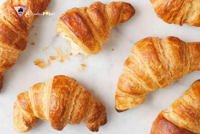 Rekomendasi 6 Tempat Croissant Paling Enak versi Urang Bandung