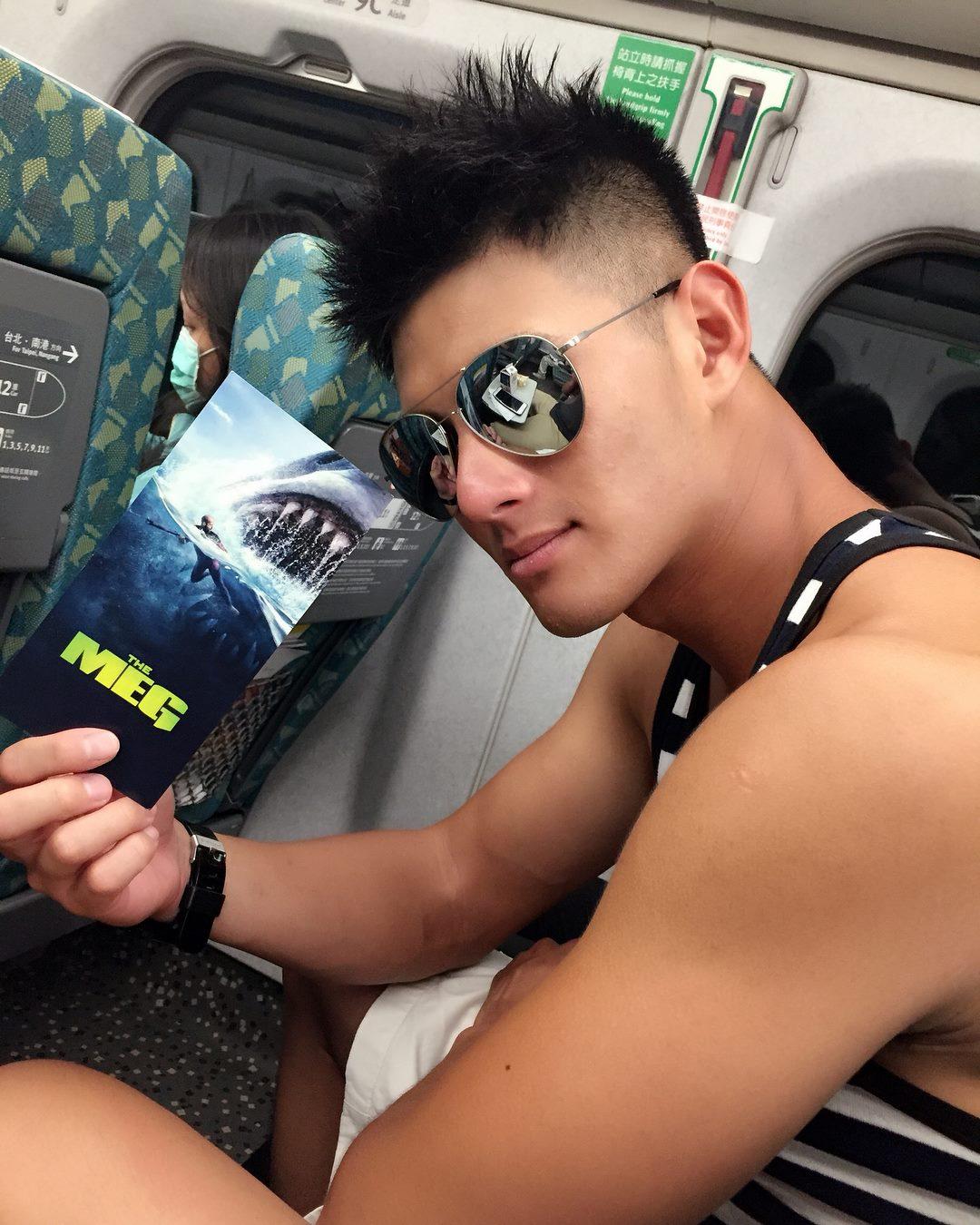 Lee Han Cheng, VĐV chèo thuyền Đài Loan đẹp rắn rỏi