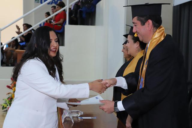 Graduacio-n-Medicina-85