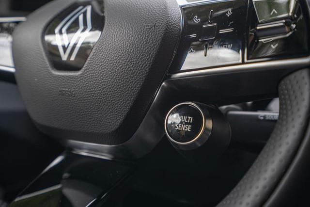 2021 - [Renault] Mégane E-Tech Electric [BCB] - Page 15 37-EFA008-796-A-4-EFC-81-CF-7-E61-A3829-DAA