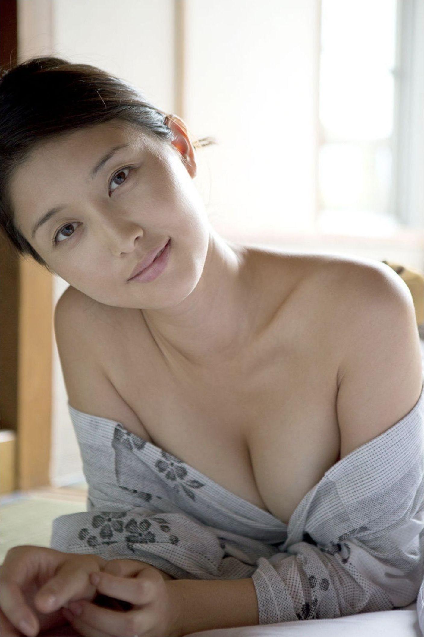 『愛の記憶』橋本マナミ デジタル写真集 017