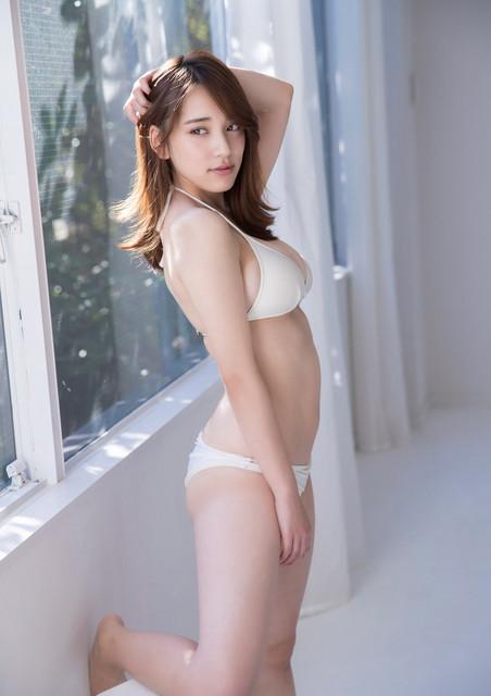 Tomaru Sayaka 都丸紗也華