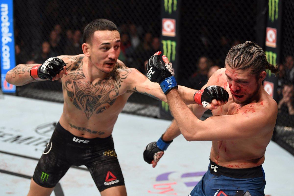 Max Holloway спука от бой сърцат Brian Ortega и защити титлата си