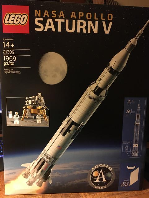 IMAGE(https://i.ibb.co/VQ9BGY9/LEGO-Saturn-V.jpg)