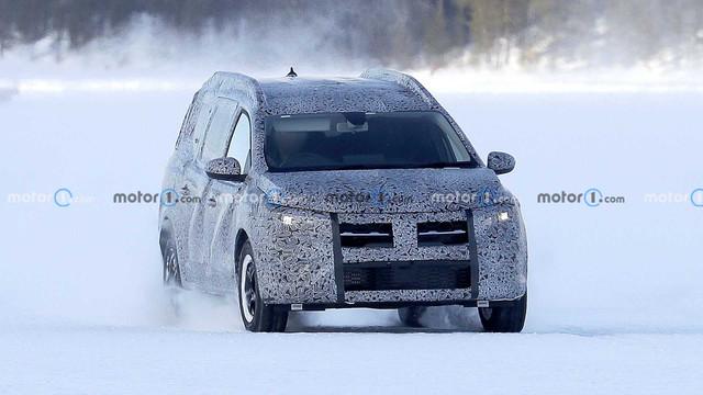2022 - [Dacia] Jogger 1-CF4-ACCB-4897-4-B22-8-F79-19-EF035-BB7-C3