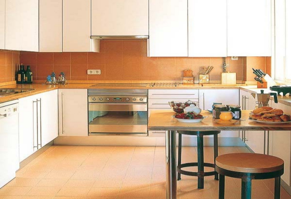 Why No one is Today What You Ought To Do And Referring To Basement of Modern Kitchen Design