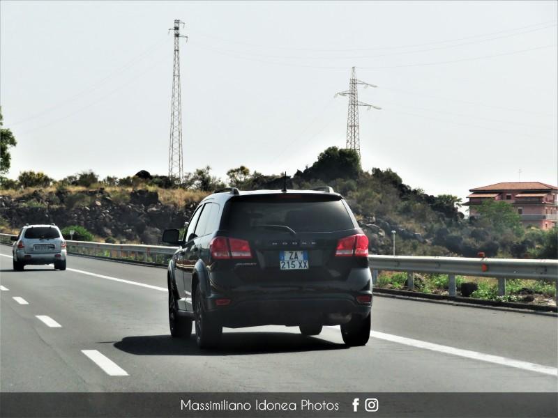 Auto Moderne - Pagina 17 Dodge-Journey-ZA215-XX