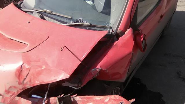 продам YRV после аварии срочно - Автомобиль - WP-20180416-013