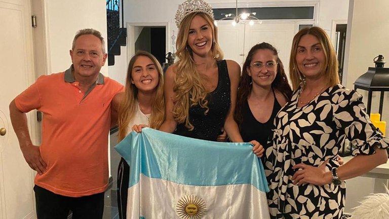 Sufrió bullying por sobrepeso y lucha por romper los estereotipos de belleza: quién es la Miss Universo Argentina 2020 DCRNZW3-ZQZENPKKNDVXDKYZTDU