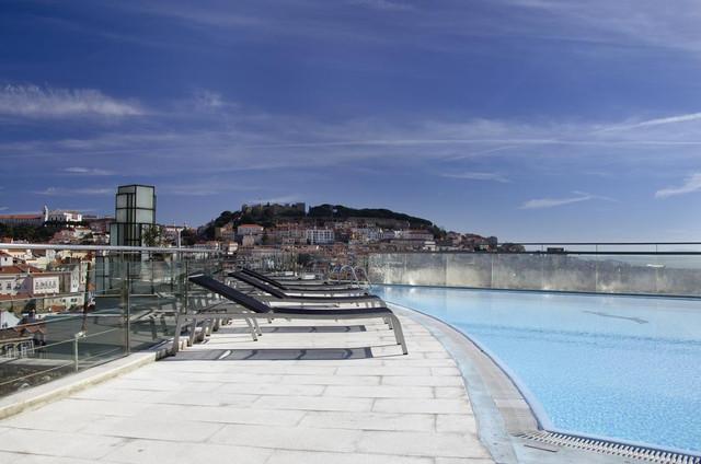 piscina-vip-eden-apartahotel-travelmarathon-es