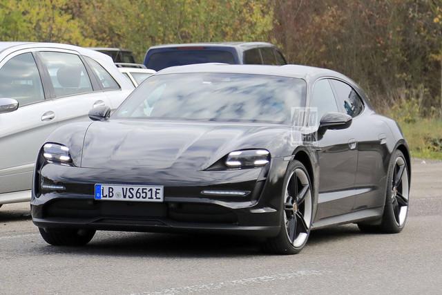2020 - [Porsche] Taycan Sport Turismo - Page 3 BD3-E3527-F69-F-4648-9374-25-B0-FAFBACDB
