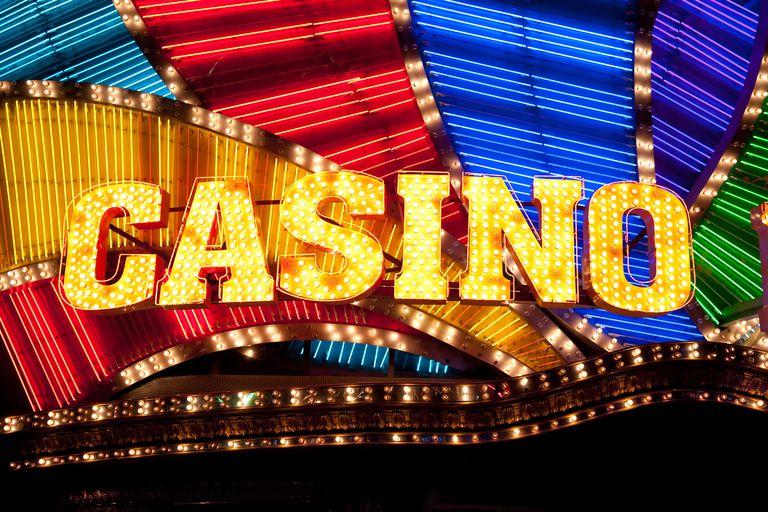 casino-sign-184296626-58993da25f9b5874ee6a0187