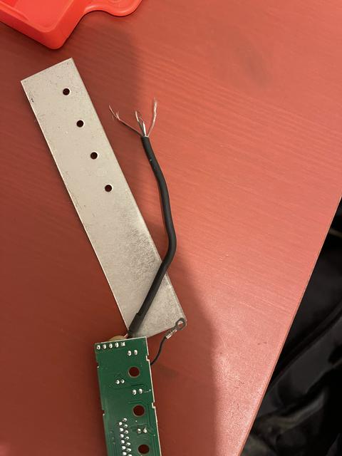 Image du câble USB-A 2.0 du TypeMatrix 2030
