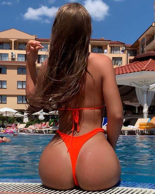 Nicole-Dobrikov-thotseek-com-2020-02-06-01-54-40-2237316068792074685-1622074493