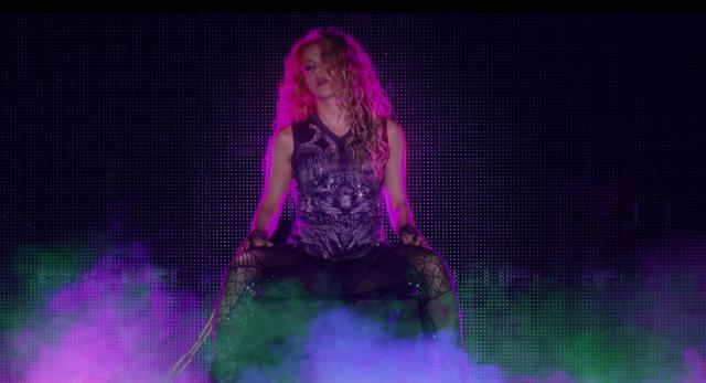 Shakira-In-Concert-El-Dorado-World-Tour-267.png