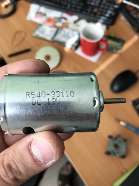 4-D31-F0-B0-28-EA-44-DD-A8-EE-E6-E06-DEF