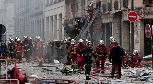 В центре Парижа произошел мощный взрыв