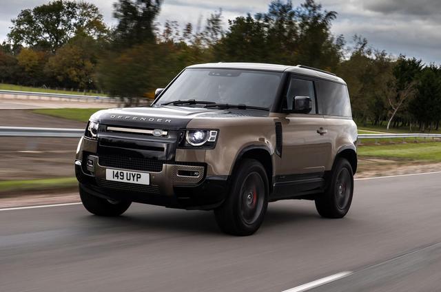 2018 - [Land Rover] Defender [L663] - Page 17 35-C5-F38-C-1724-46-B0-B27-D-9375-FD087-DA6