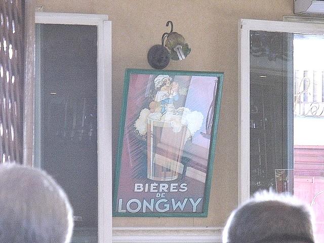https://i.ibb.co/VmwJBrM/Dans-un-restaurant-de-Diego.jpg