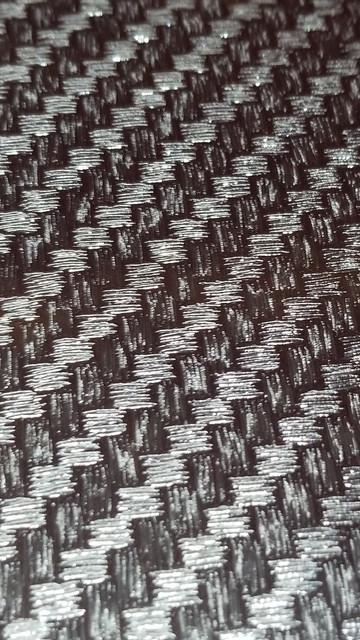 black-carbon-fiber-II-2.jpg