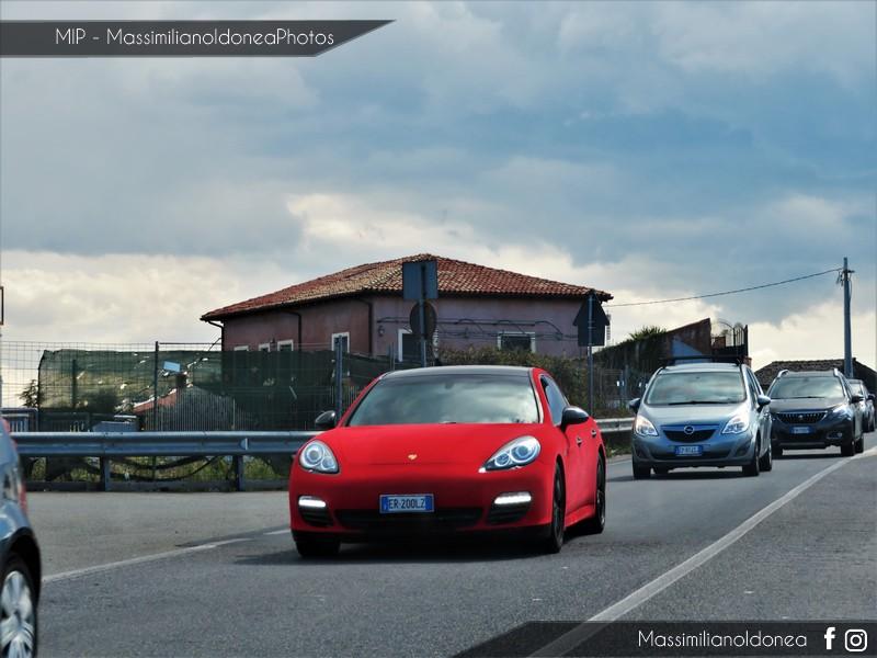 Avvistamenti auto rare non ancora d'epoca - Pagina 21 Porsche-Panamera-Diesel-3-0-250cv-13-ER200-LZ-107-242-27-11-2018