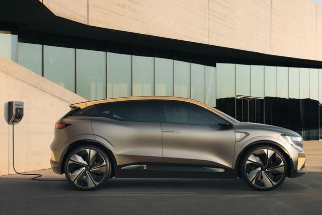 2020 - [Renault] Mégane eVision - Page 2 139-E5-B66-7375-4182-8-EA5-FB10-CB319006
