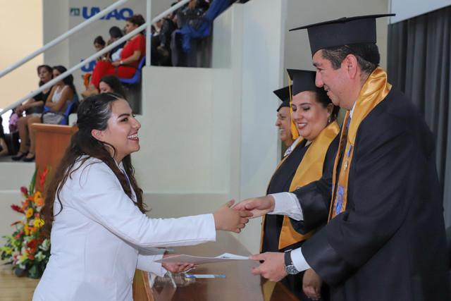 Graduacio-n-Medicina-92