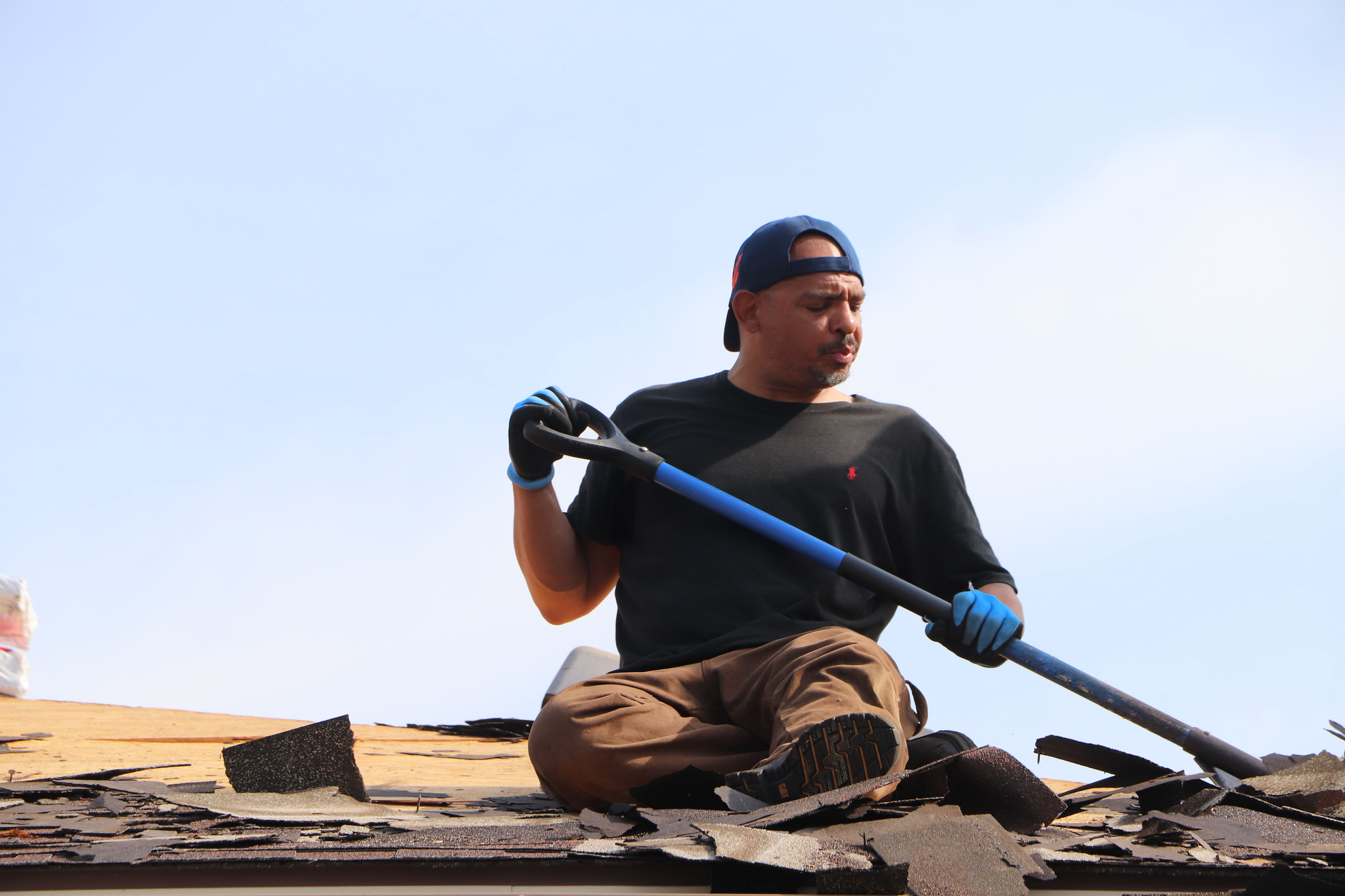 Roofing Contractors Best Suitable for Practical Work