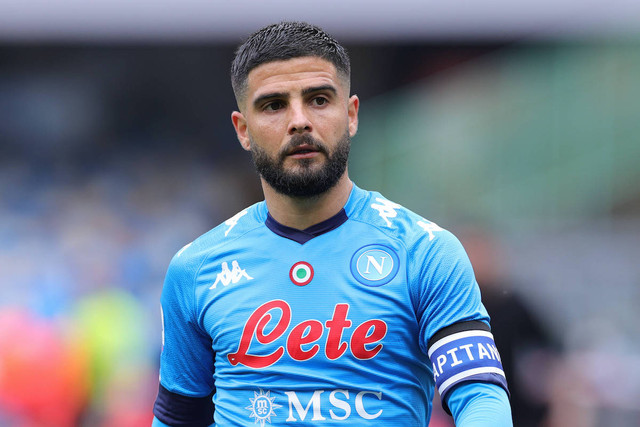 Lorenzo-Insigne-of-SSC-Napoli-reacts-during-the-Serie-A-football-match-between-SSC-Napoli-and-FC-Cro