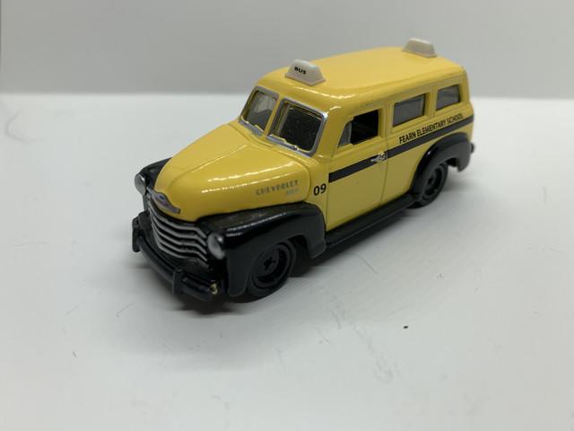 "Chevy-suburban-1950-nr947"" border=""0"