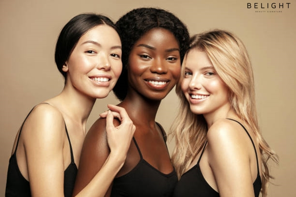 Beauty-Multi-Ethnic-Group-of-Womans-with-diffrent-types-of-skin-together-and-looking-on-camera-Diver.jpg