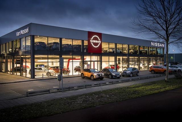 Nissan déploie son nouveau logo dans son réseau de concessionnaires européens DSC0485-v01-source