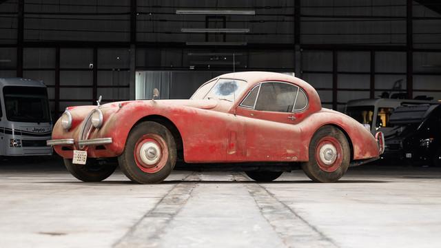1952-Jaguar-XK120-FHC-Barn-Find-Auction-001