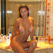 perfect-body-nude-amateur-on-vacation-15