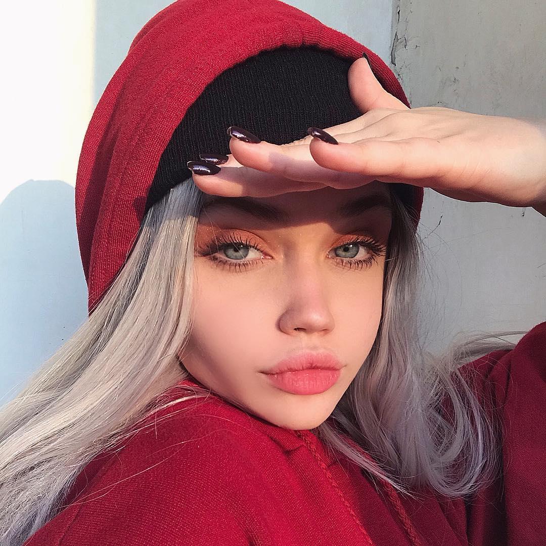 Eliza-Kayudina-Wallpapers-Insta-Fit-Bio-18