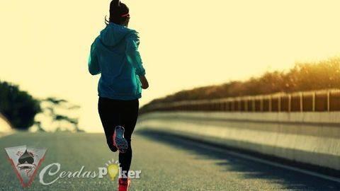 Kurangi Depresi dengan 3 Jenis Olahraga Ringan