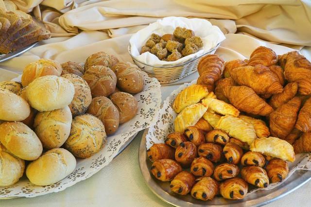 desayuno-amalia-hotel-travelmarathon-es