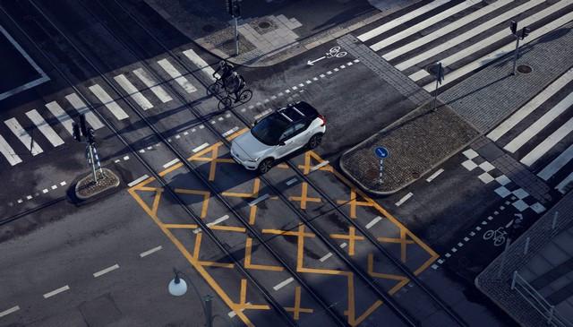 Volvo Cars s'associe à sa ville natale, Göteborg, pour l'aider à atteindre la neutralité climatique 275640-Volvo-cars-and-bicyclists