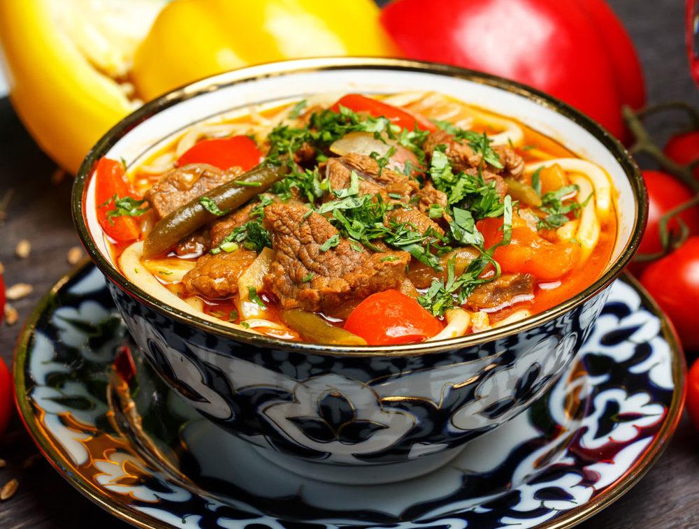 Новая серия макарон MAKFA для среднеазиатской кухни: как быстро приготовить бешбармак, лагман или кеспе?