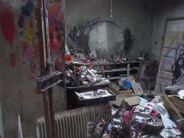 Francis-bacon-studio-dublin.jpg