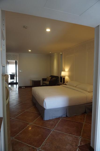 Superior-Type-1-bedroom.jpg