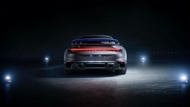 Haute performance sur terre et dans les airs: Porsche coopère avec Embraer EX22-V55-IX0005-1