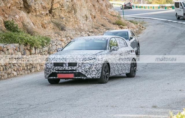 2021 - [Peugeot] 308 III [P51/P52] - Page 31 Peugeot-308-2021-fotos-espia-202071016-1600190351-1